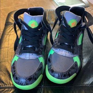 Kids Nike Huarache High Tops